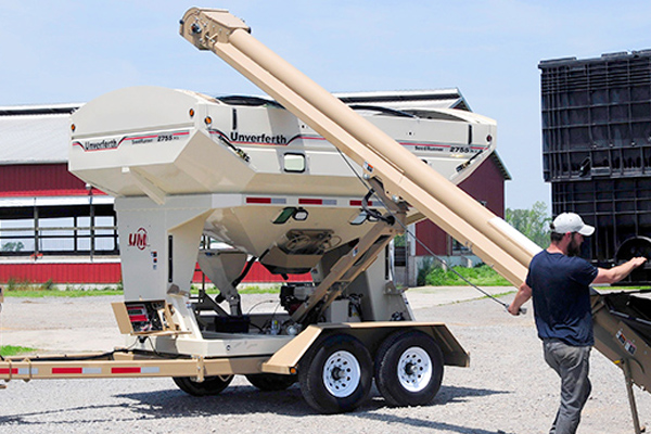 Unverferth | Seed Runner Bulk Tender - 55 Series | Model 2755 for sale at Red Power Team, Iowa