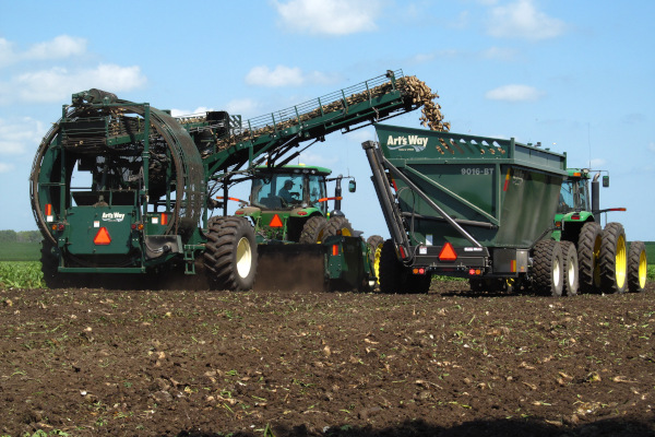 Art's Way | Sugar Beet | Model Sugar Beet Harvester - 6812D for sale at Red Power Team, Iowa
