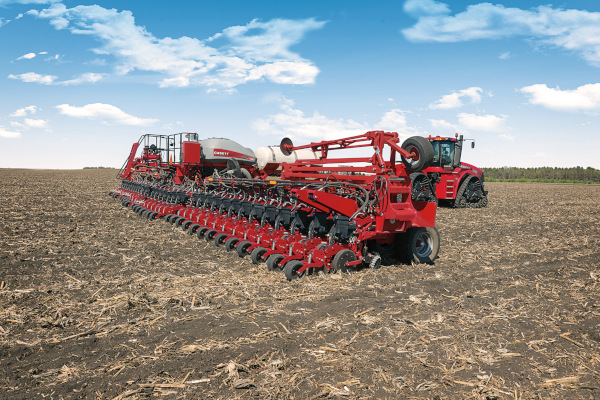 Case IH | 2000 Series Early Riser® Planter | Model 2160 Front-Fold 36Row 20 or 22 for sale at Red Power Team, Iowa