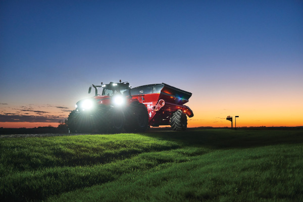 Case IH | AFS Connect™ Magnum™ Series | Model AFS Connect Magnum™ 310 for sale at Red Power Team, Iowa