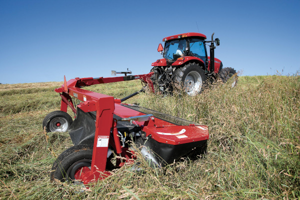 Case IH | Mowers & Conditioners | Pull-Type Disc Mowers for sale at Red Power Team, Iowa