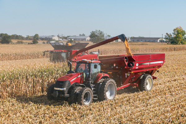 Case IH | Corn Heads | Model 4412N Corn Head for sale at Red Power Team, Iowa