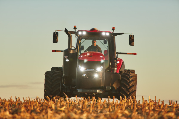 Case IH | AFS Connect™ Magnum™ Series | Model AFS Connect Magnum™ 220 for sale at Red Power Team, Iowa