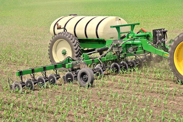 Farm King | Application Equipment | Fertilizer Applicators for sale at Red Power Team, Iowa