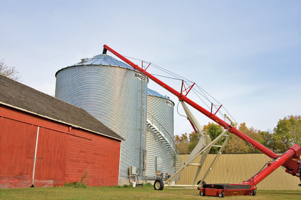 Farm King | BackSaver Auger | Model 1370 for sale at Red Power Team, Iowa