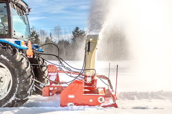Farm King | Landscaping Equipment | Pull Type Snowblower for sale at Red Power Team, Iowa