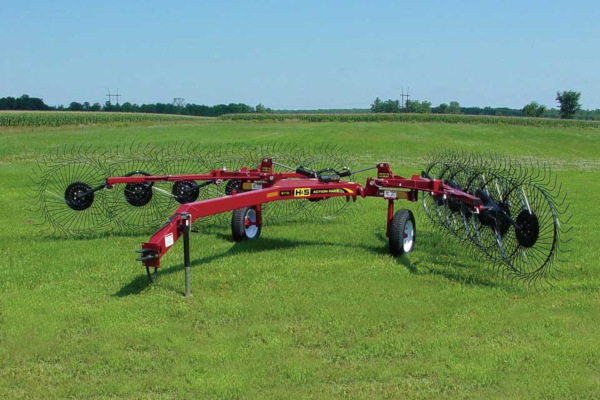 H&S | Rakes | 2100 Series V-Rakes for sale at Red Power Team, Iowa