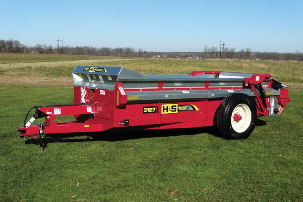 H&S | Heavy Duty Manure Spreaders | Model Model 3127 for sale at Red Power Team, Iowa