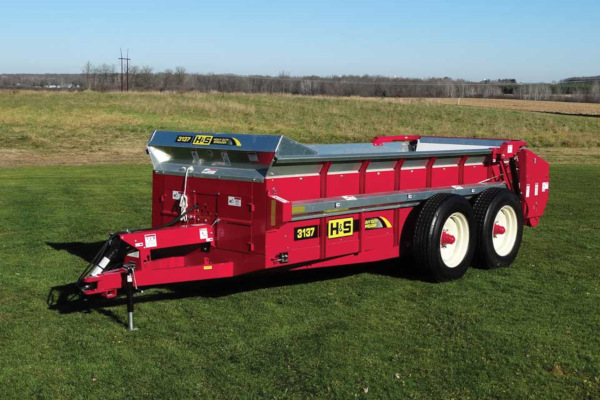 H&S | Heavy Duty Manure Spreaders | Model Model 3137 for sale at Red Power Team, Iowa