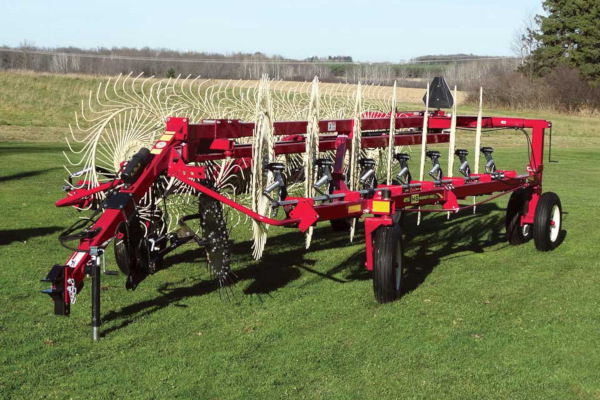 H&S | Rakes | 4100 Series Hi-Capacity Rakes for sale at Red Power Team, Iowa
