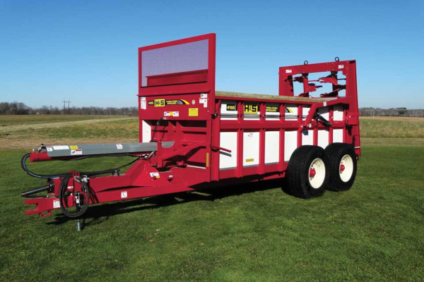 H&S | Manure Spreaders | Hydraulic Push Manure Spreaders for sale at Red Power Team, Iowa