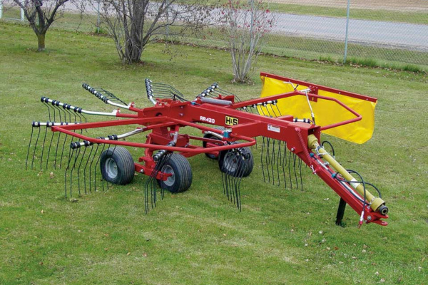 H&S RR420 for sale at Red Power Team, Iowa