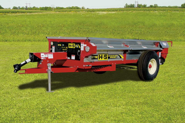 H&S | Manure Spreaders | Standard Duty Manure Spreaders for sale at Red Power Team, Iowa