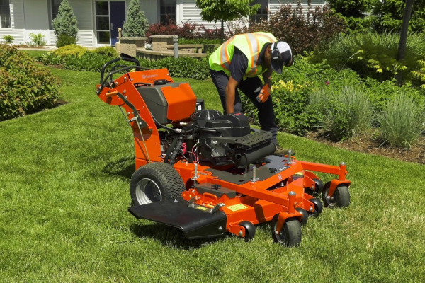 Husqvarna | Lawn Care | Commercial Walk Mowers for sale at Red Power Team, Iowa
