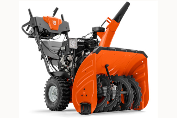 Husqvarna | Husqvarna 400-Series Snowblowers | Model HUSQVARNA ST 424 for sale at Red Power Team, Iowa