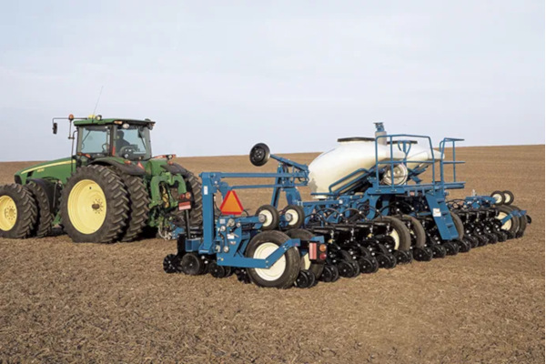 Kinze | Pivot Fold | Model 3605 for sale at Red Power Team, Iowa