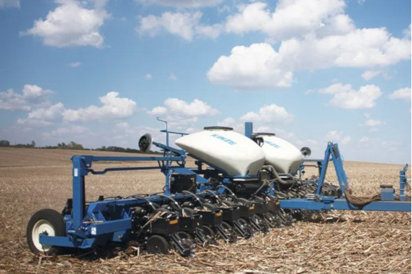 Kinze | Pivot Fold | Model 3665 for sale at Red Power Team, Iowa