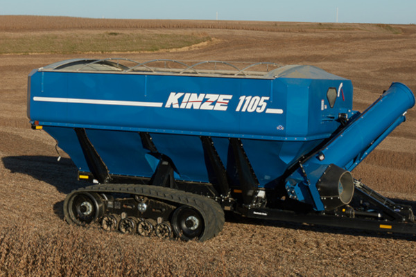 Kinze | Dual Auger Grain Carts | Model 1105 Grain Cart for sale at Red Power Team, Iowa