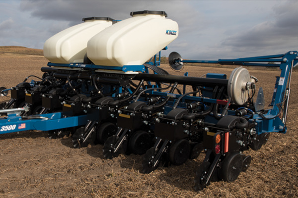Kinze | Pivot Fold | Model 3500 for sale at Red Power Team, Iowa