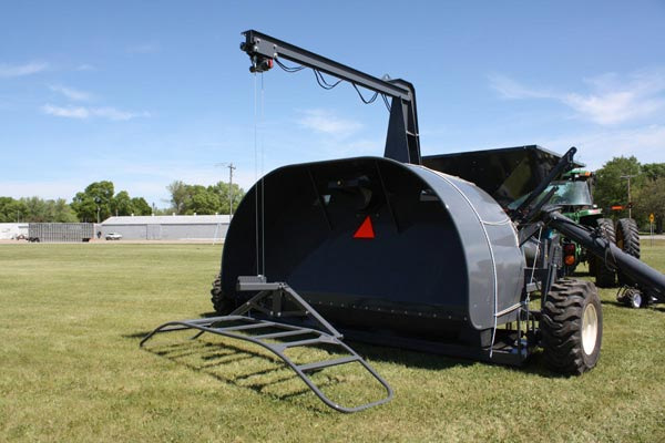 Loftness | 12-Foot Bag Loader | Model GBL 12C for sale at Red Power Team, Iowa