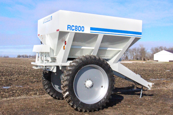 Loftness 8-Ton Row Crop Fertilizer Spreader for sale at Red Power Team, Iowa