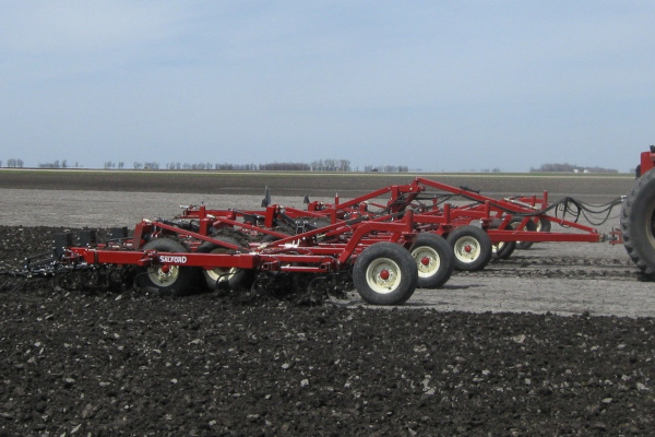 Salford Group | Field Cultivators | 700 S-Tine, two-piece S-tine, and C-shank Cultivators for sale at Red Power Team, Iowa