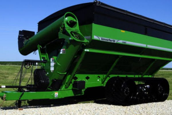 Unverferth | 20 Series Dual-Auger Grain Carts | Model 1310 for sale at Red Power Team, Iowa