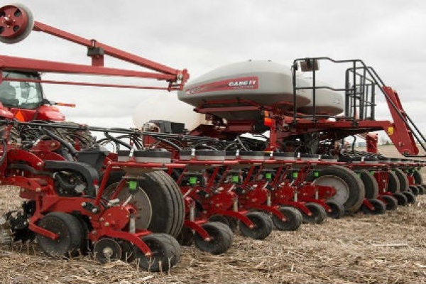 Case IH | 2000 Series Early Riser® Planter | Model 2150 Front-Fold 12Row 30 for sale at Red Power Team, Iowa