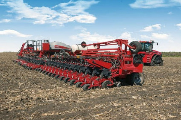 Case IH | 2000 Series Early Riser® Planter | Model 2160 Front-Fold 36Row 30 for sale at Red Power Team, Iowa