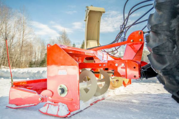 Farm King | Pull Type Snowblower | Model 840 for sale at Red Power Team, Iowa