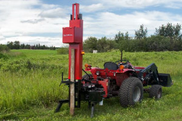 Farm King | Landscaping Equipment | Post Driver for sale at Red Power Team, Iowa