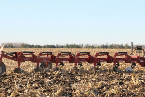 Salford Group | 6200 SEMI-MOUNTED MOLDBOARD PLOW | Model 6207 Moldboard Plow for sale at Red Power Team, Iowa