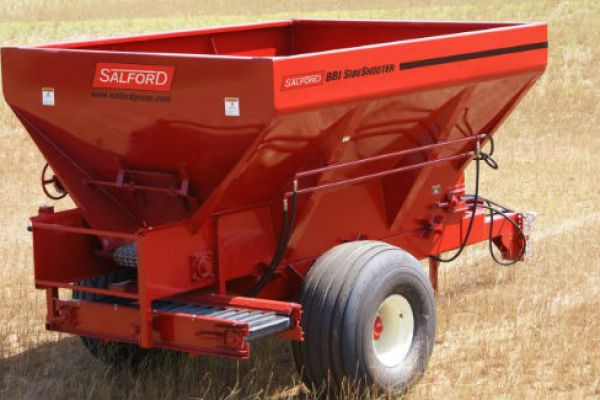 Salford Group | Application Equipment | Rock, Sand & Salt for sale at Red Power Team, Iowa