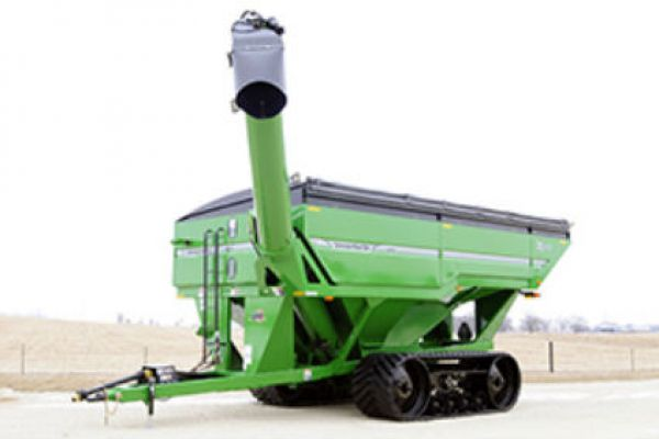 Unverferth | X-TREME Front-Fold Auger Grain Carts | Model 1317 for sale at Red Power Team, Iowa