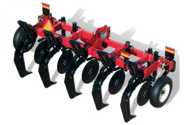 Unverferth | Zone-Builder® Subsoiler | Model 132 Auto-Reset for sale at Red Power Team, Iowa