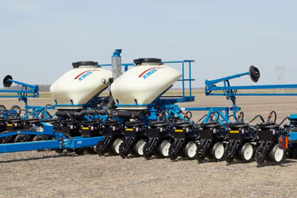 Kinze | Pivot Fold | Model 3600 Twin Row for sale at Red Power Team, Iowa