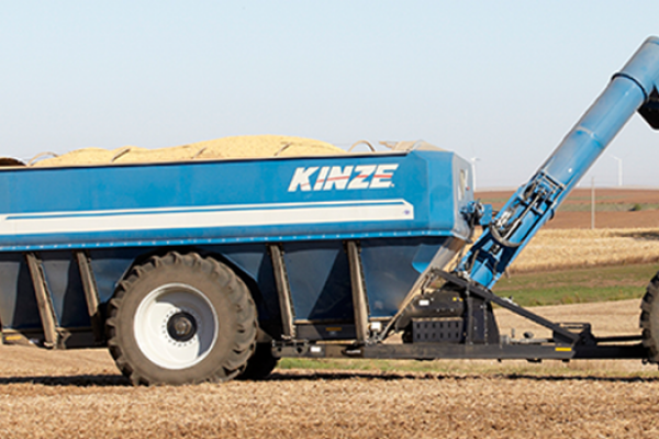 Kinze | Dual Auger Grain Carts | Model Model 1300 for sale at Red Power Team, Iowa